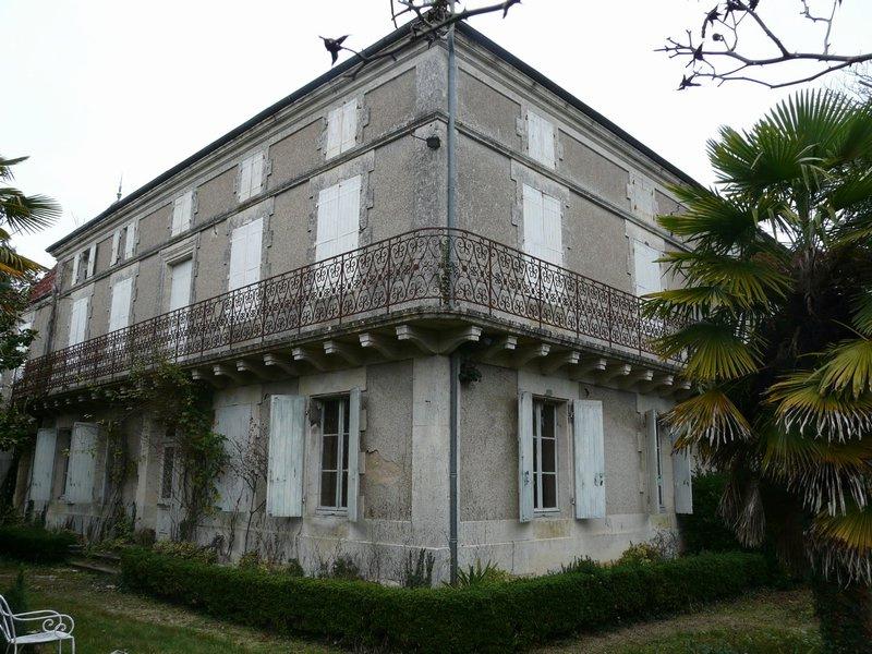 Buy House la chapelle